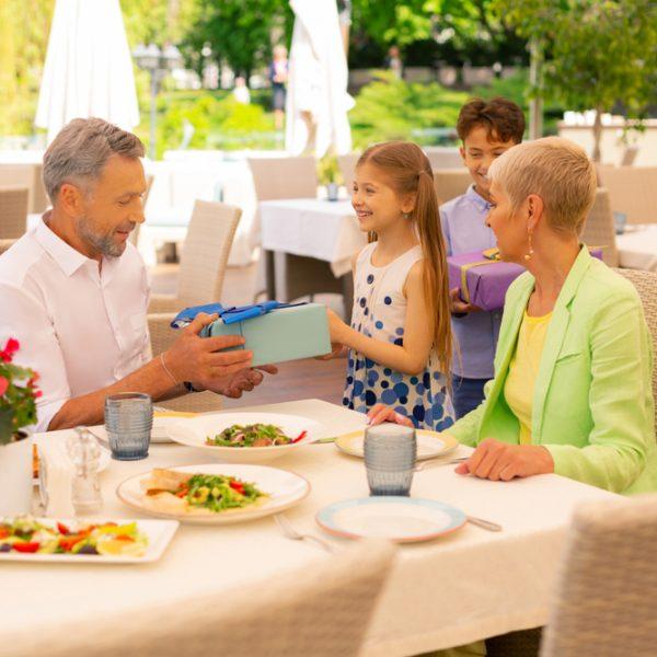 Restaurant-GrandfatherBday-Kids-MedSize